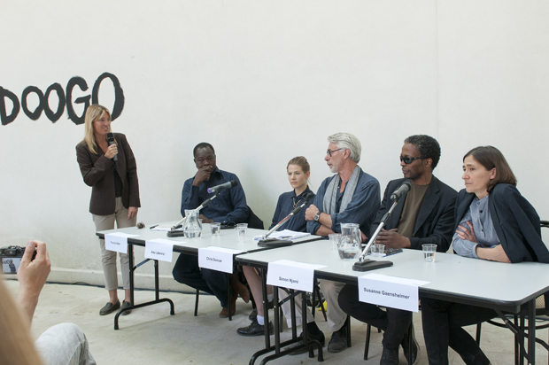 Dr. Katharina von Ruckteschell-Katte, Francis Kéré, Aino Laberenz, Chris Dercon, Simon Njami und Susanne Gaensheimer